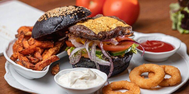 Kráľovský burger so skutočným 24-karátovým zlatom a nápojom