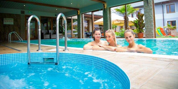 Pobyt s neobmedzenými bazénmi v Aqua & Wellness Resort Alžbeta na Liptove