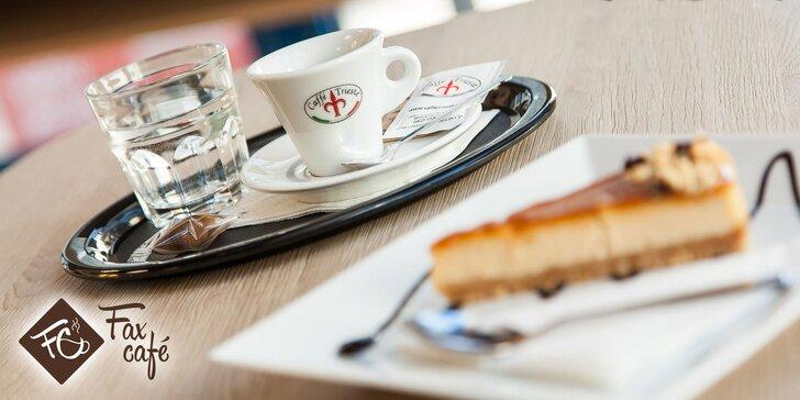 Espresso Trieste s cheesecakeom vo FaxCafé
