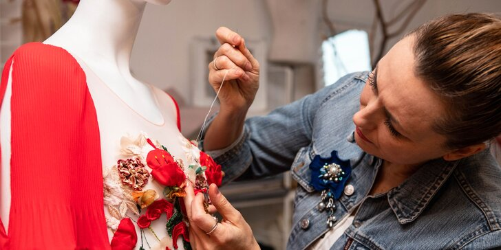 Kurz šitia, vyšívania, potlače, výroby doplnkov či maľby na textil v Ateliéri 71