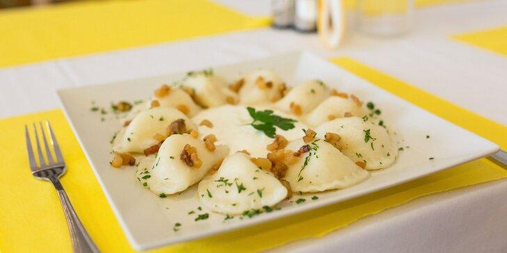 Máte doma chuť na poctivý slovenský oštiepok či pirohy? Dajte si ich doviezť!