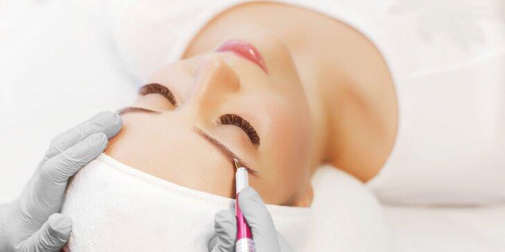 Precízny permanentný make-up obočia čepieľkovou i púdrovou metódou