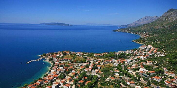 Hotel Laguna** v chorvátskom letovisku Gradac: ubytovanie pri pláži, 700 m od centra mesta