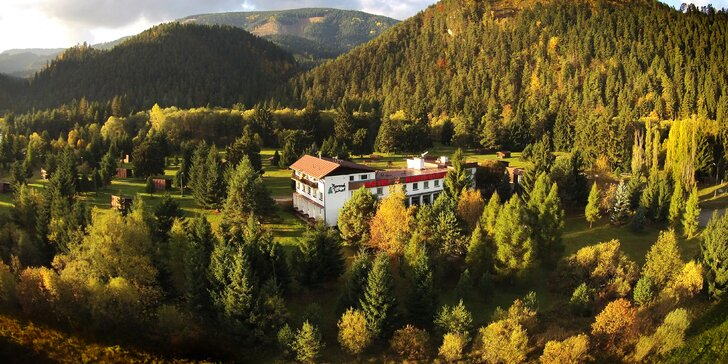 Relax pre páry aj rodiny v tichom prostredí Liptova v Hoteli Borová Sihoť**