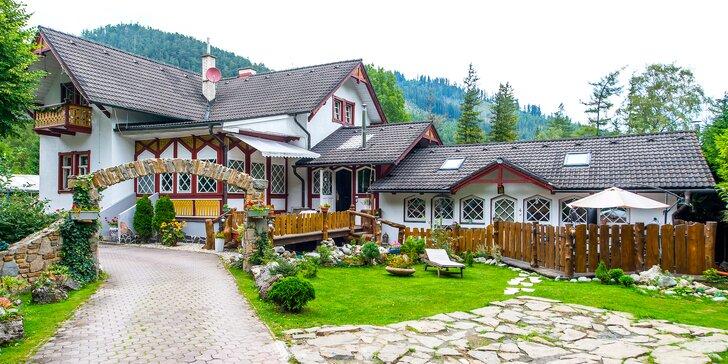 Výlety aj relax v Tatrách s ubytovaním v izbách alebo v zruboch až pre 5 osôb