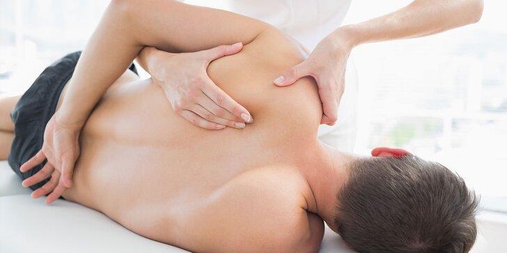 Odborná masáž proti bolesti s fyzioterapeutom a možnosťou vibračnej terapie