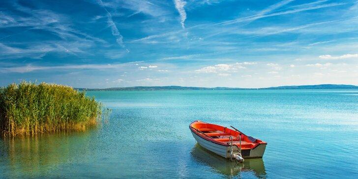 Letný deň na Balatone: voda, pláž, športové atrakcie či promenáda!