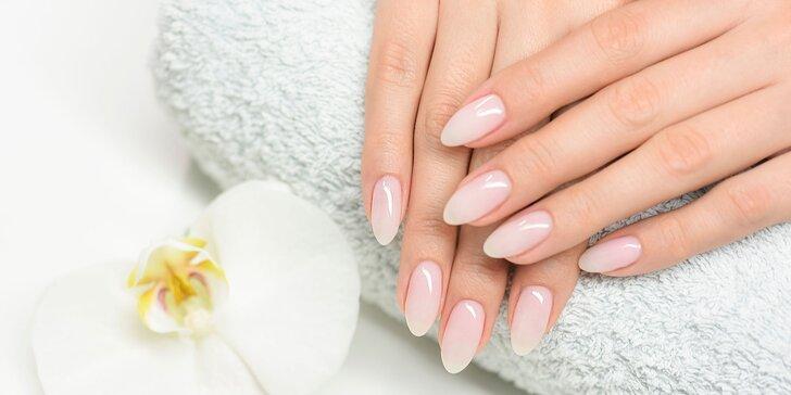 Gél lak, gélové alebo akrylové nechty či pedikúra s gél lakom v Gold Hands