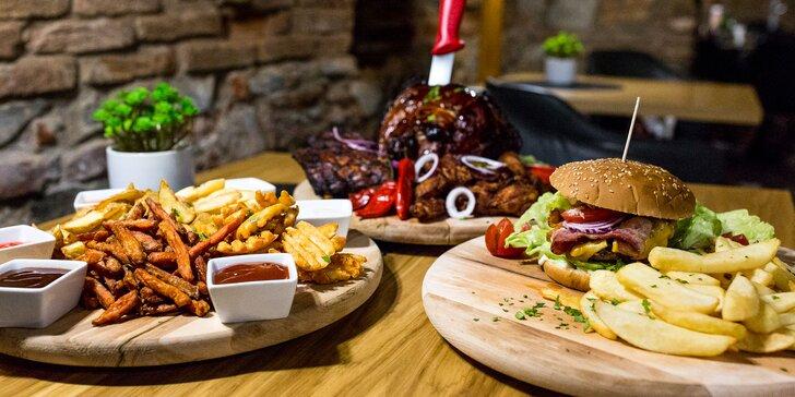 Burger, denko s 1,9 kg mäsa alebo hranolčeková ruleta