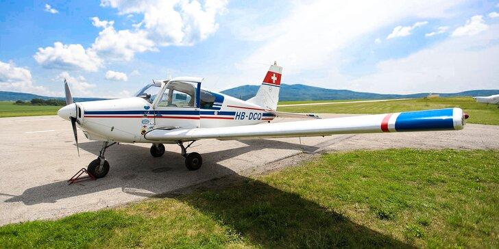 Vyhliadkový let lietadlom Piper PA-28 s možnosťou pilotovania