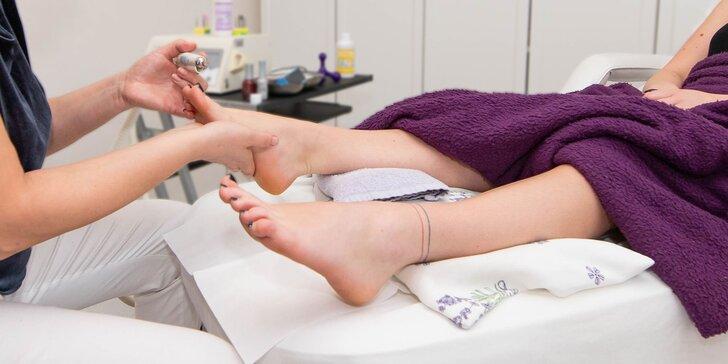 Krásne a zdravé nohy s pedikúrou v salóne Ester