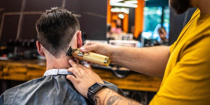 Pánsky strih a úprava brady v barbershope TRIM zariadenom v industriálnom štýle