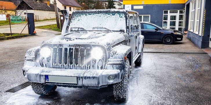 Kompletné umytie exteriéru a interiéru vozidla