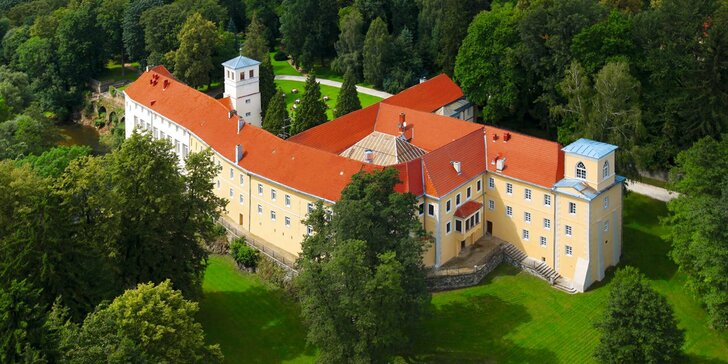 Romantika na zámku: neobmedzený vstup do wellness, polpenzia, koncerty