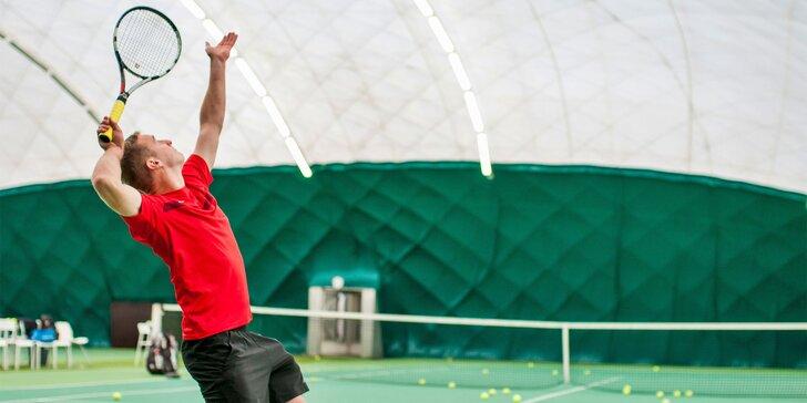 Tenisové tréningy pre začiatočníkov alebo pokročilých v Leon Sport Club