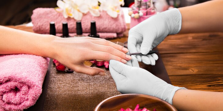 Gél lak alebo japonská či wellness manikúra v salóne Beauty Best