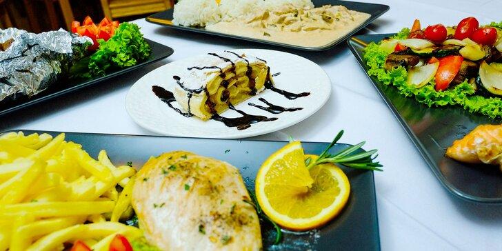 Kurací steak, bravčová živánska, stroganov z panenky alebo losos