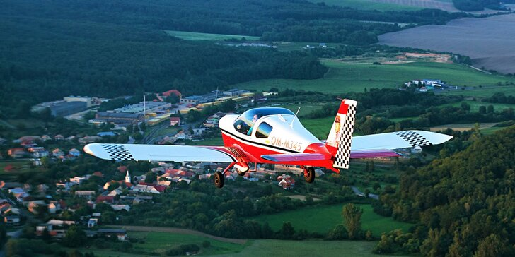 Zážitkový let lietadlom Viper SD4 s možnostou pilotovania na skúšku