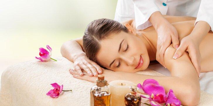 Klasická, relaxačná, medová, ručná lymfatická či myofasciálna masáž