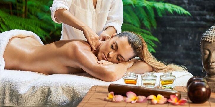 Klasická, párová, športová masáž alebo bankovanie či masážny balíček v salóne Alster