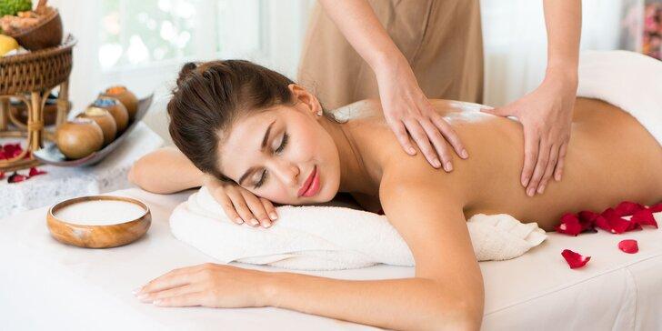 Relax na masáži: klasická, relaxačná, lávovými kameňmi, kakaová