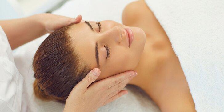 Zapracovanie kyseliny hyalúronovej masážou, dermapenom alebo výplň pier