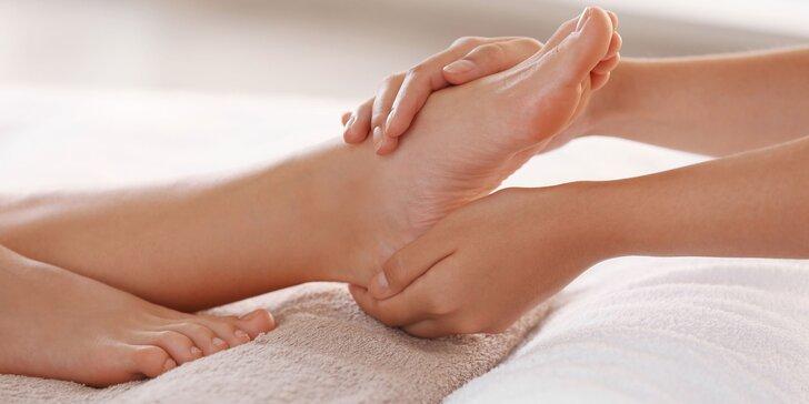 Kombinovaná pedikúra aj s reflexnou masážou či wellness s parafínom