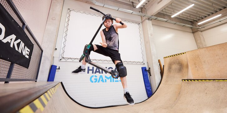 Vstup do akčnej haly či tréning jazdy na skateboarde či kolobežke