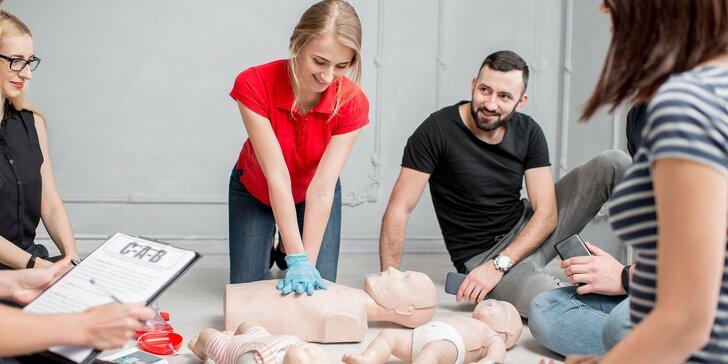 Nielen pre rodičov: online kurz prvej pomoci u novorodencov a detí
