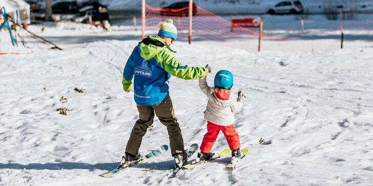 Lekcia lyžovania s inštruktorom v lyžiarskej škole Yetiland