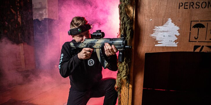 Super zábava pri laser tagu v HERO FACTORY