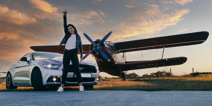 Zažite adrenalín 2v1: jazda na americkej legende a vyhliadkový let na ruskej klasike