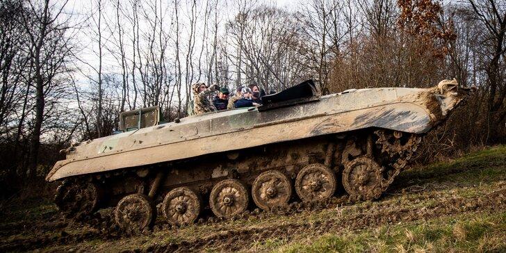 Vzrušujúci adrenalínový zážitok – jazda na bojovom vozidle BVP-2