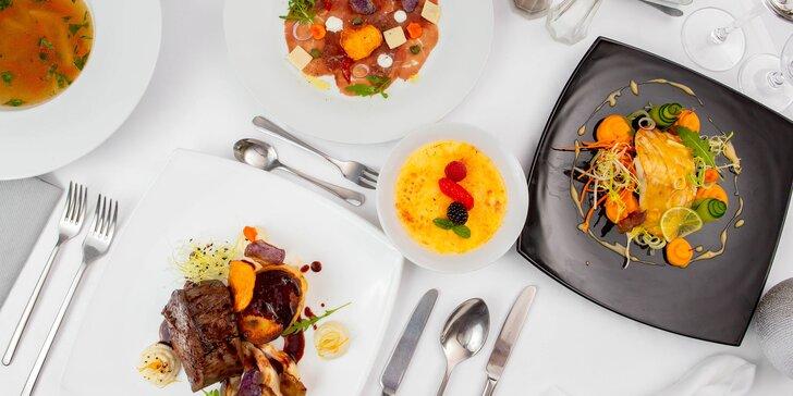 Luxusné 3-chodové alebo 4-chodové menu pre 2 osoby v Hoteli Agatka