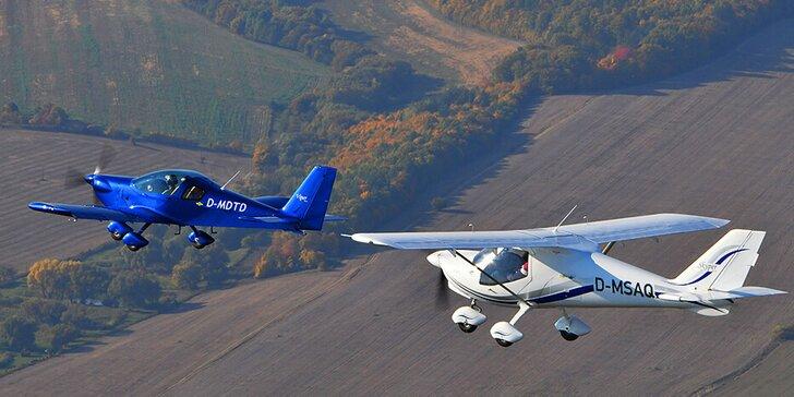 Prelet v okolí Tatier, nad Košicami či Prešovom s možnosťou pilotovania