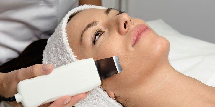 Hĺbkové čistenie pleti, masáže aj úprava obočia a mihalníc