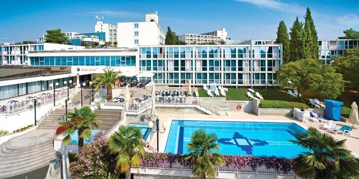 Chorvátska Istria: 3* hotel v meste Poreč iba 150 m od pláže, bazén a all inclusive