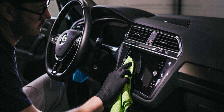 Detailné čistenie interiéru a exteriéru auta či voskovanie karosérie