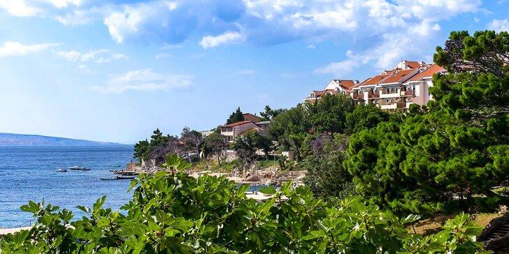 Chorvátsko all inclusive: hotel len 50 metrov od pláže, wellness a atrakcie pre deti