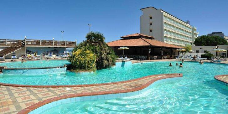 3* pobyt v Taliansku pre celú rodinu: ubytovanie s polpenziou plus, hotel priamo pri pláži