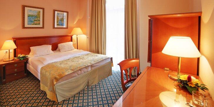 Nezabudnuteľný pobyt v Karlových Varoch: kúpeľný hotel s plnou penziou a procedúrami