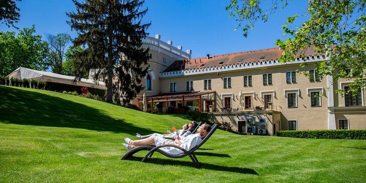 Romantický pobyt so zámockými raňajkami, 4-chodovou večerou i wellness v hoteli Chateau St. Havel****