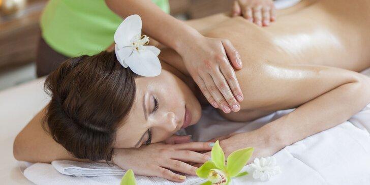 Detoxikačná masáž, aroma peeling či bankovanie