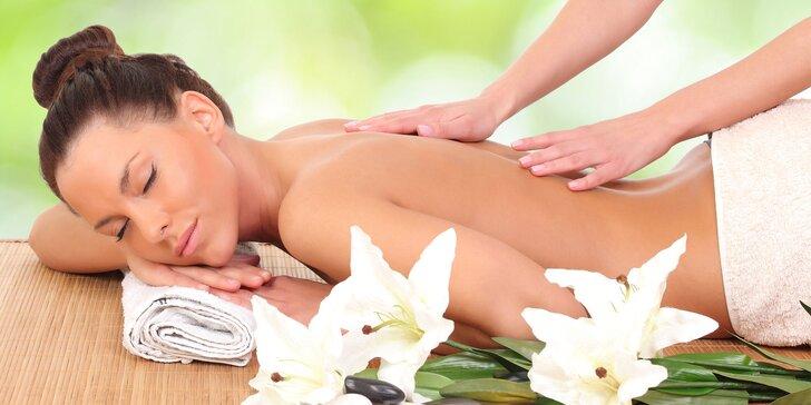 Uvoľňujúce masáže v Diva Beauty: reflexná, klasická, bankovanie i moxovanie