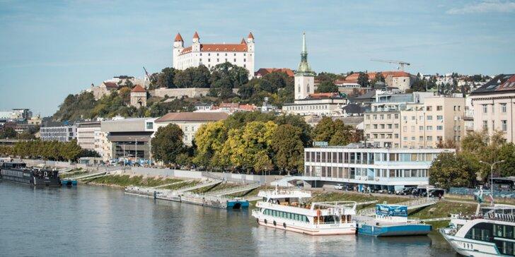Zážitkové plavby vyhliadkovou loďou na Dunaji pre dospelých aj deti