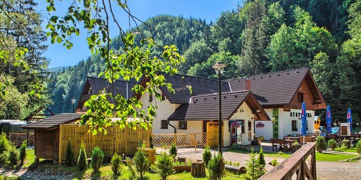 Leto v Nízkych Tatrách v Penzióne Bystrinka neďaleko Bystrianskej jaskyne