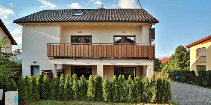 Komfortné apartmány v blízkosti Jasnej a Tatralandie: záhrada, detské ihrisko aj gril