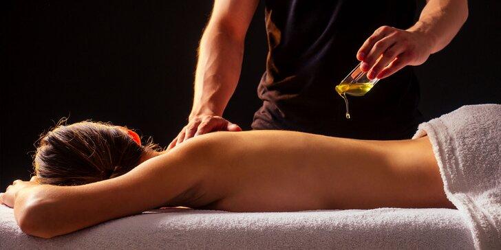 Celotelová ayurvédska masáž so saunou a iné masážne procedúry pre zdravie