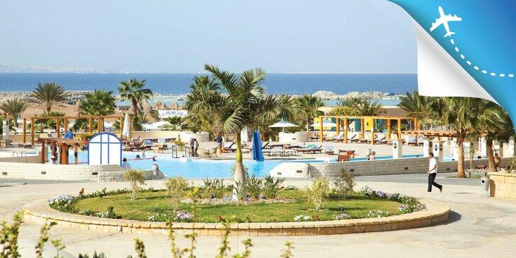 Letecky do Hurghady: 4 * hotel pri pláži, bazén a all inclusive