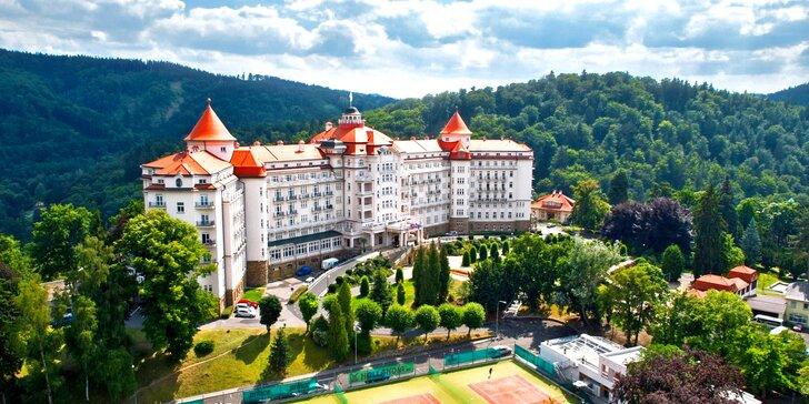 5* hotel v Karlových Varoch: polpenzia, neobmedzený wellness a 3 kúpeľné procedúry